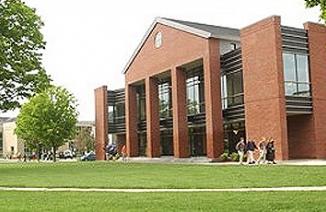 美国圣约翰斯伯利中学