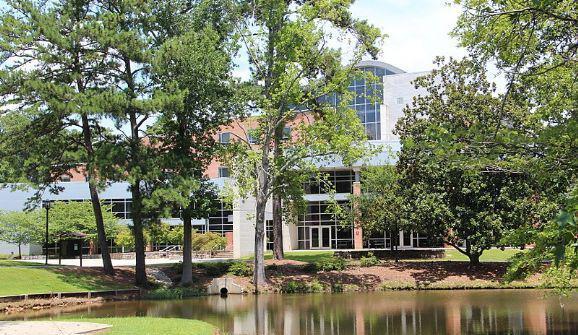 克莱顿州立大学