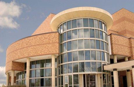 莱克县学院