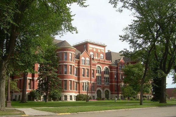梅维尔州立大学